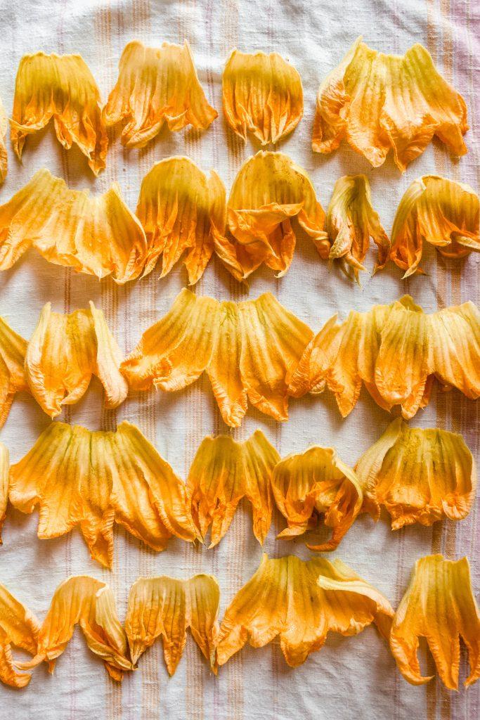 how to prepare zucchini flowers