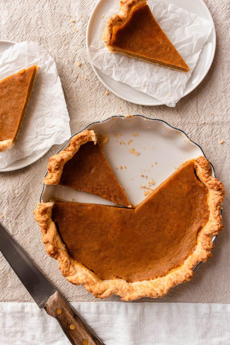 Homemade Pumpkin Pie For Two Recipe made from scratch from real pumpkin   damnspicy.com #thanksgiving #pumpkinpie #easyrecipes #dessertrecipes #pierecipes