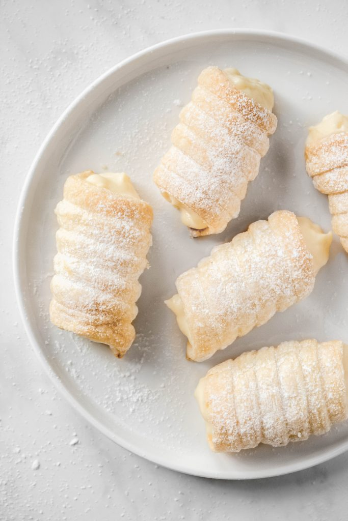 Puff Pastry Custard Cream Horns Recipe