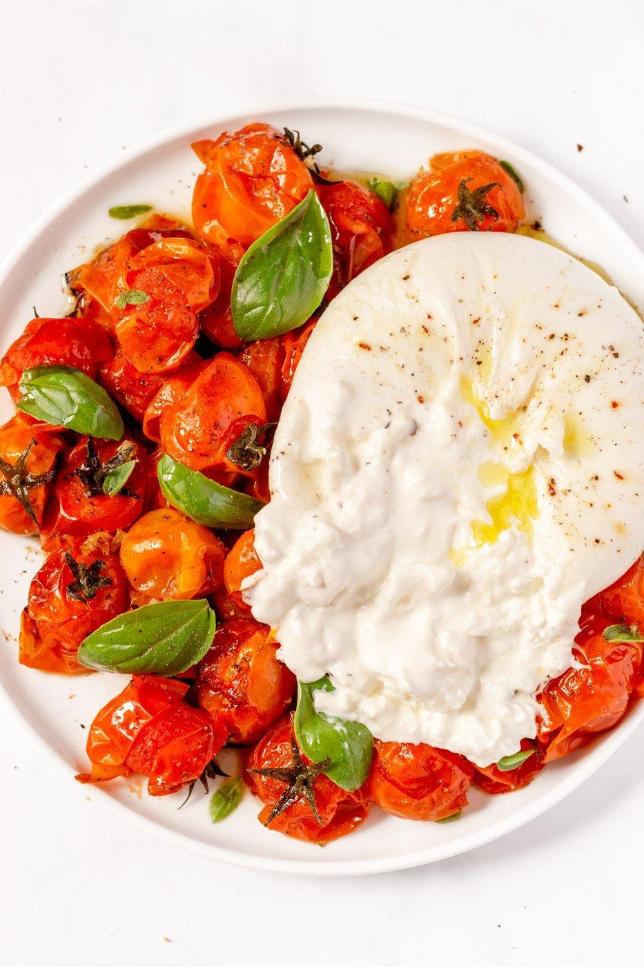italian burrata salad with tomatoes