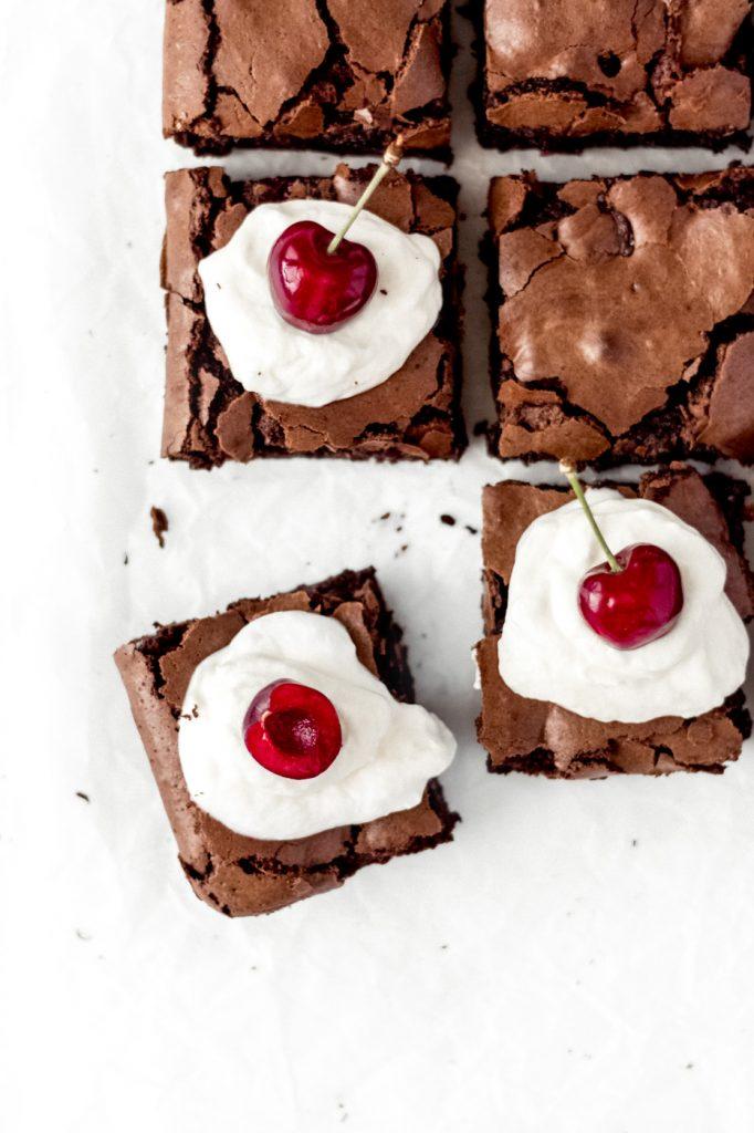 flourless chocolate cherry brownies